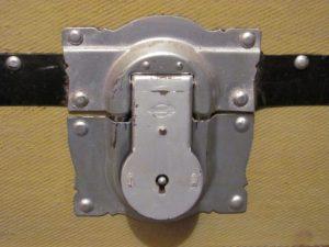 steamer trunk lock